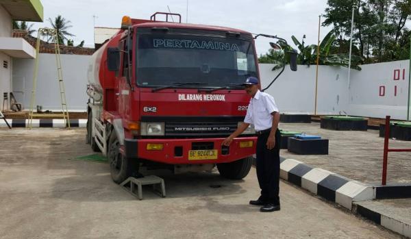 Patra Niaga Lampung Truk Tangki Bbm Diakali Bukan Kesalahan Kami
