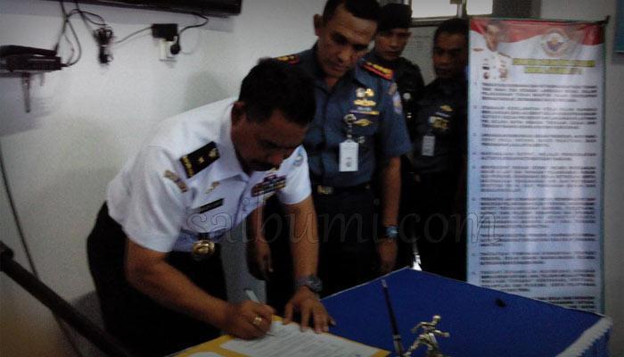 Lanal Lampung Terima Kapal Patroli Catamaran 1201