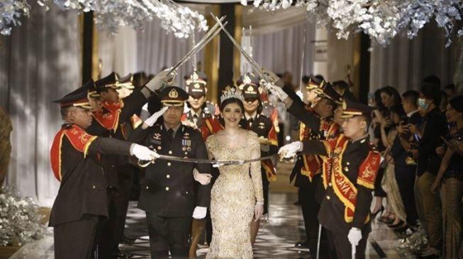 Gelar Pesta Mewah saat Corona, Kapolsek Kembangan Kompol Fahrul ...